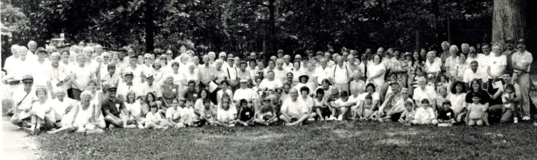 1990 Reunion Group Picture